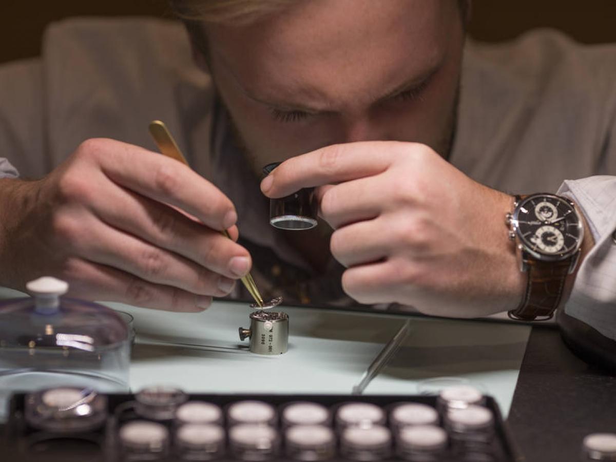 Imagem da notícia: Relojoaria suíça: exportações continuam em recuperação