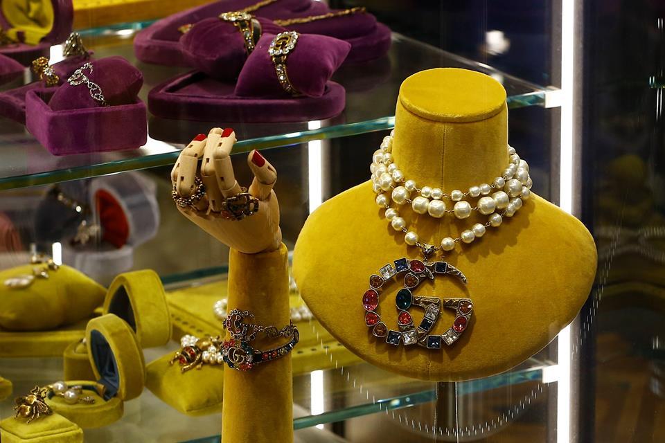 Imagem da notícia: Mercado global de luxo inicia recuperação, aponta Bain & Compain