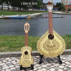 Imagem da notícia: Crisálida Joalharia tem coleção de instrumentos musicais em filigrana