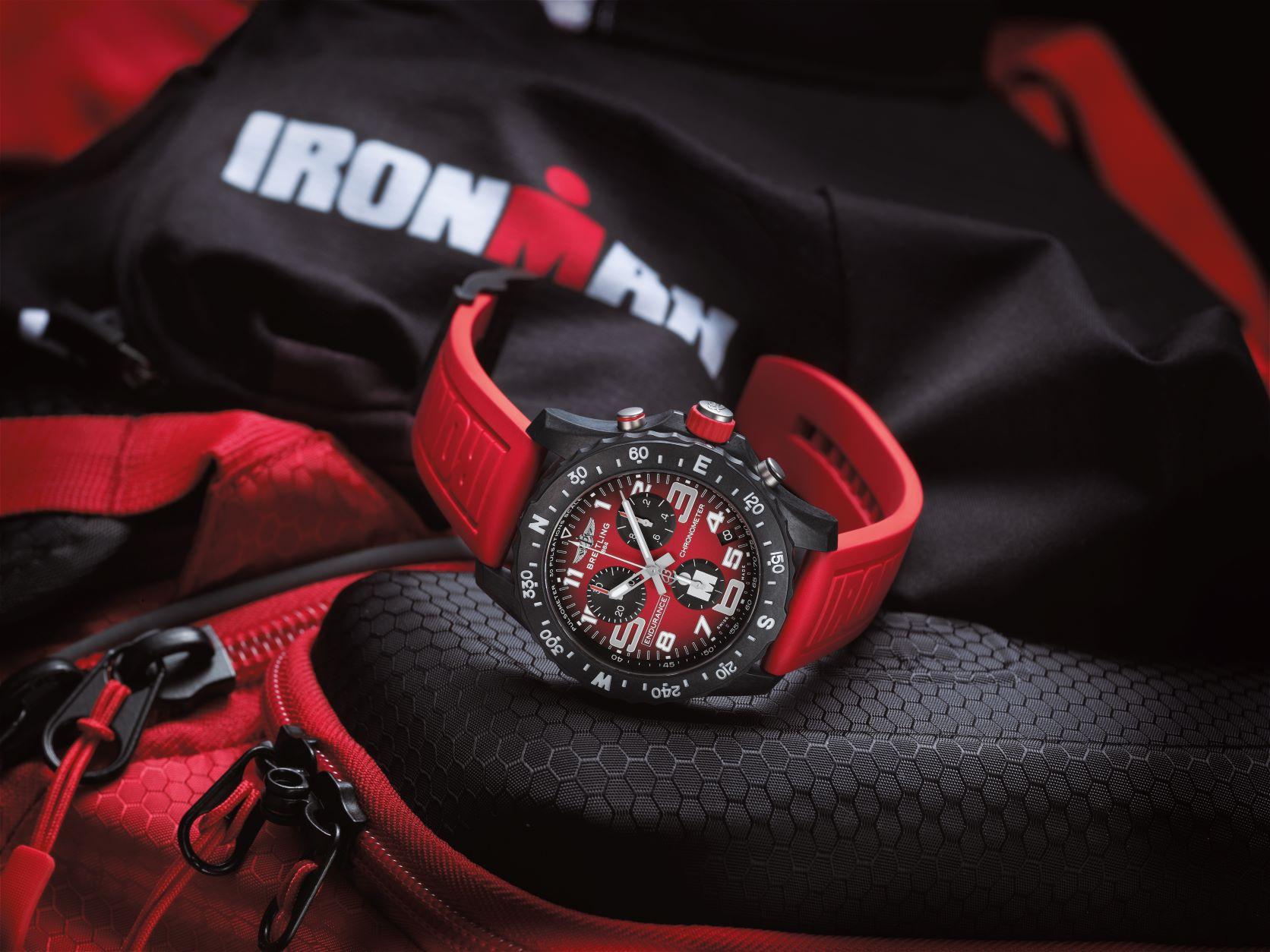 Imagem da notícia: Ironman e Breitling colaboram e lançam o relógio Endurance Pro Ironman